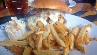 The Tannery: Beer and burgers!