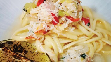 Crab linguine with chilli and coriander