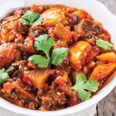 Vegetable stew with juniper berries
