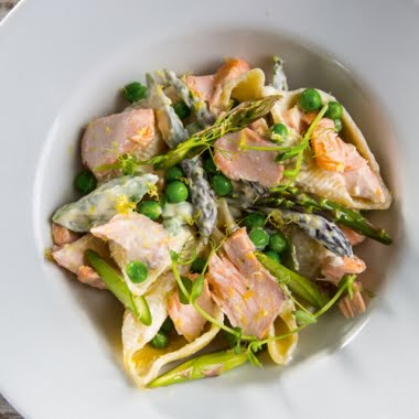 Salmon, pea and asparagus pasta