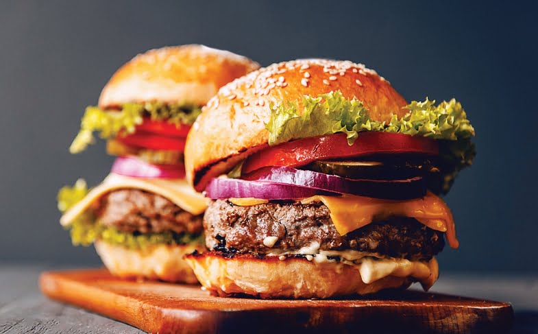 Classic beef burgers with cheese