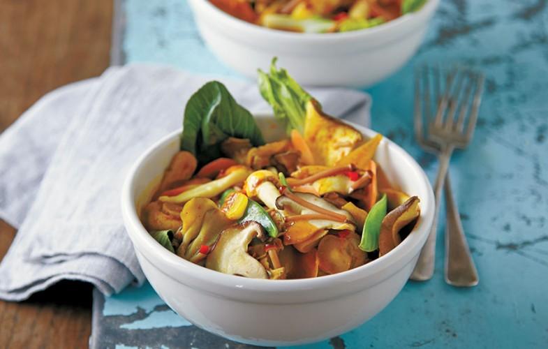 Chinese mixed mushroom curry