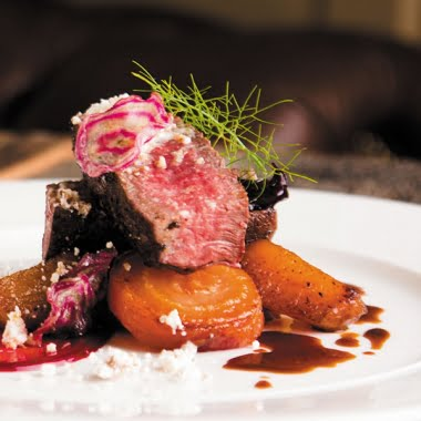 Seared venison with rösti potato, beetroot and chocolate jus