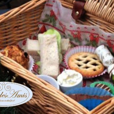 Buy-one-get-one-half-price Christmas cream tea hamper