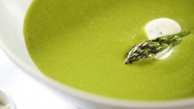 Asparagus and spinachsoup