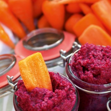 Roast beetroot dip with Chantenay carrots