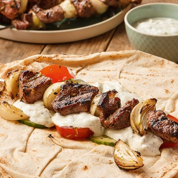 Barbecue lamb flatbreads