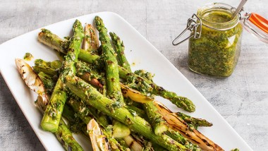 Barbecued asparagus with salsa verde