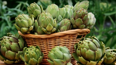 What do I do with… Globe artichokes