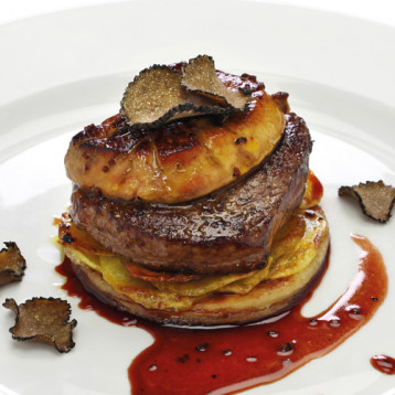 Tournedos Rossini with red wine jus