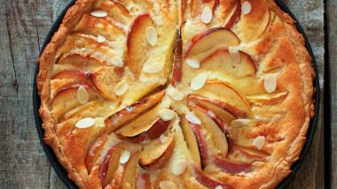 Calvados apple tart