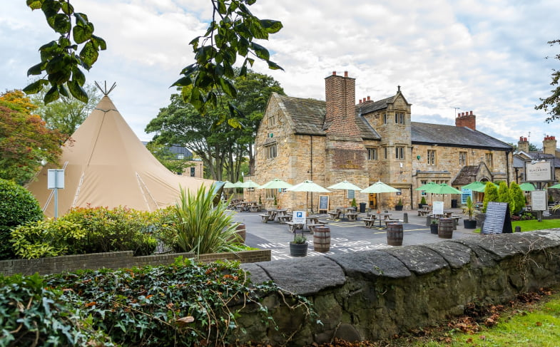 The Blackbird to reopen with tipi restaurant