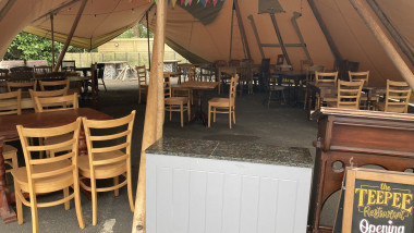 Tipi dining at The Northumberland Arms